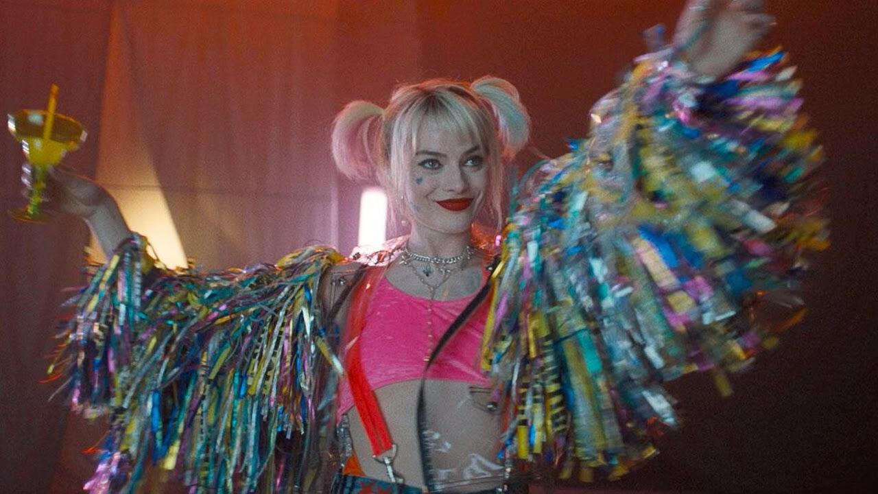 Harley Quinn sorri diante do perigo em nova foto de Aves de Rapina