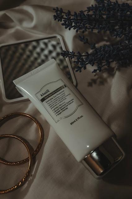 KLAIRS Soft Airy UV Essence SPF 50 PA ++++ Curitan Aqalili