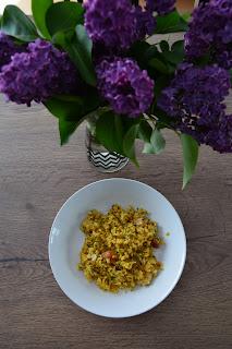 Ryż z indykiem, curry i pietruszką
