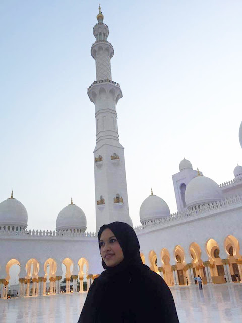 life by asha singh sheikh zayed mosque abu dhabi why I love muslims