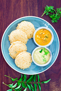 steamed idli made from oats, instant oats idli