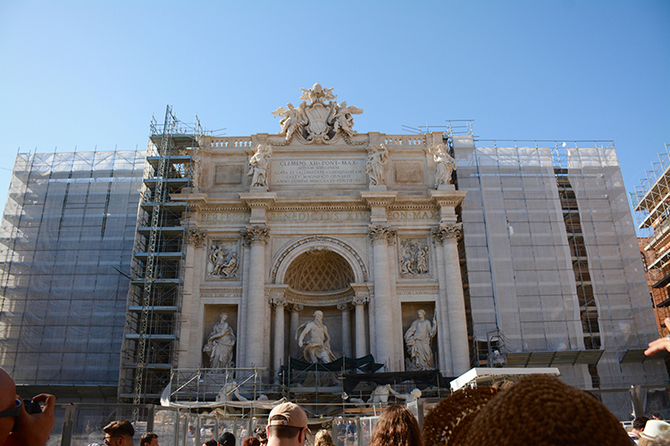 Trevi Fountain in Rome, Italy | My Darling Days