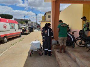 Homem socorrido três vezes, arranca soro e vai embora do hospital de Cuité
