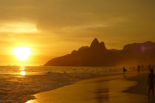 Rio Beach is famous throughout the globe.It is always atracted by the the beach lovers
