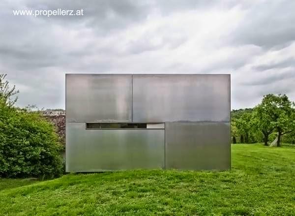 Casa de campo contemporánea sobre estructura de 200 años en Austria