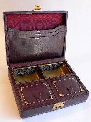 caja-antigua-piel