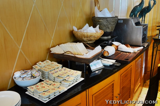 More breads at the buffet