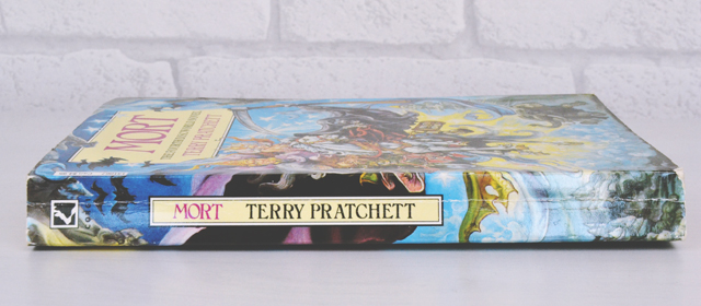 The spine of Terry Pratchett's Mort