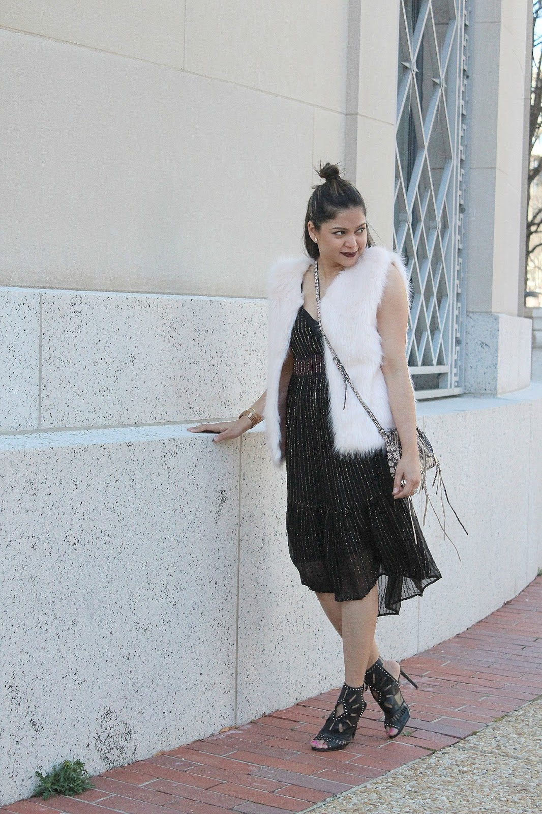 HOW TO WEAR A FUR IN SPRING - ootd