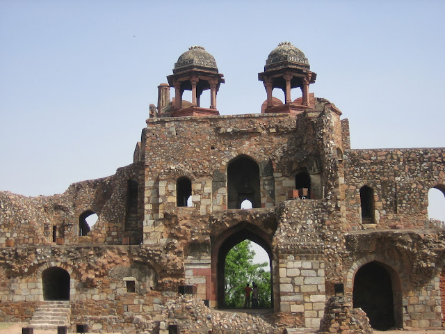 front scenes of purana quila new delhi