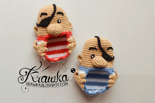 Krawka: Free pattern for a wonderful baby booties - PIRATES. They fit infants from 0 to 6 months. Pattern is an easy to follow photo tutorial.