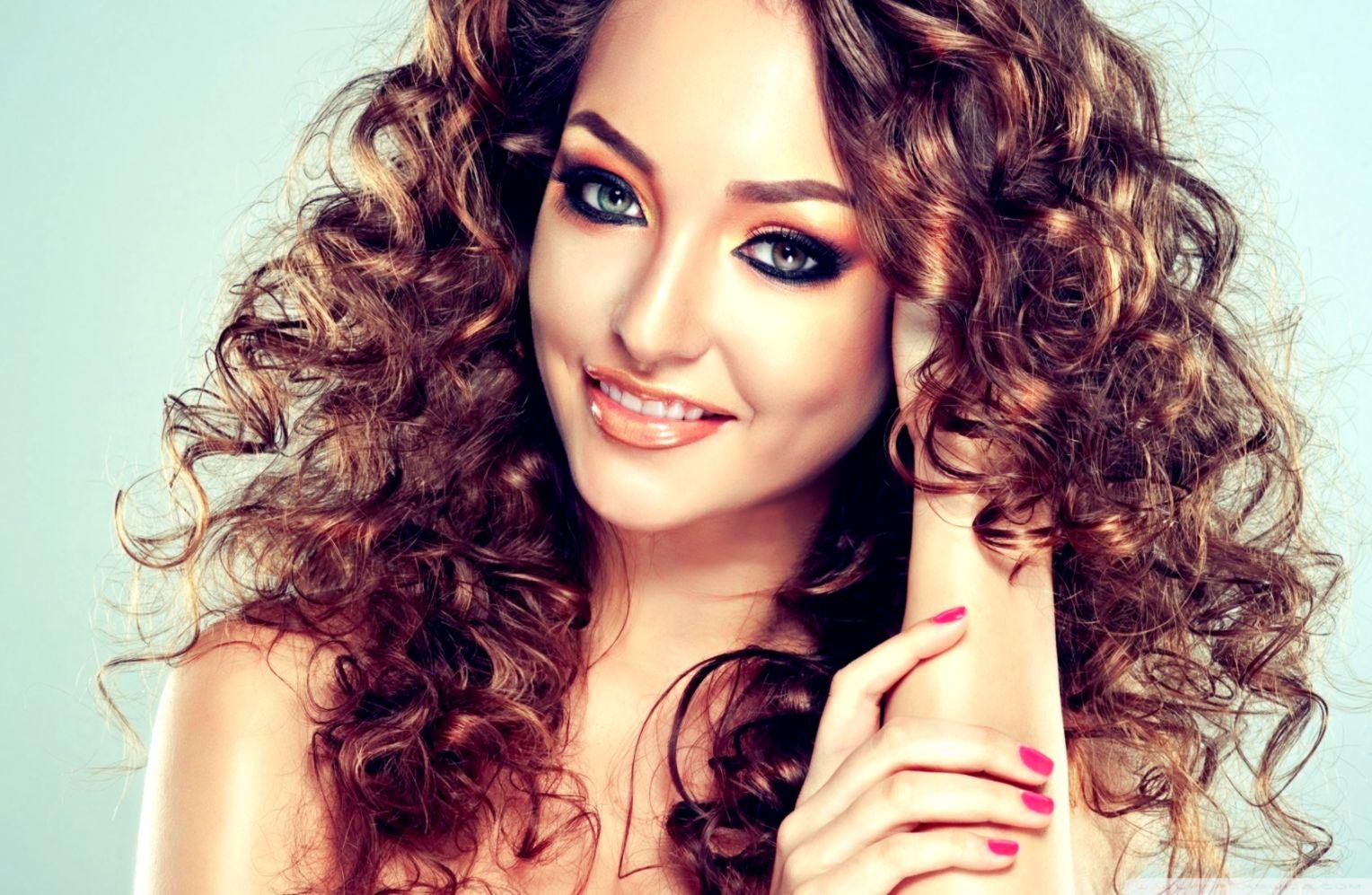 Beautiful Girl Makeup Hd Wallpaper The Great Wallpapers