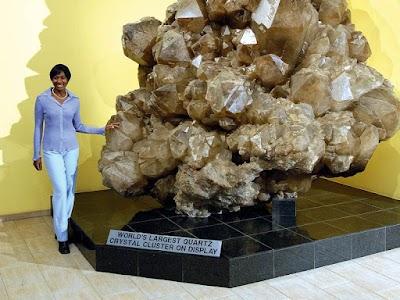 Top 10 Minerales y Gemas Mas Grandes Del Mundo