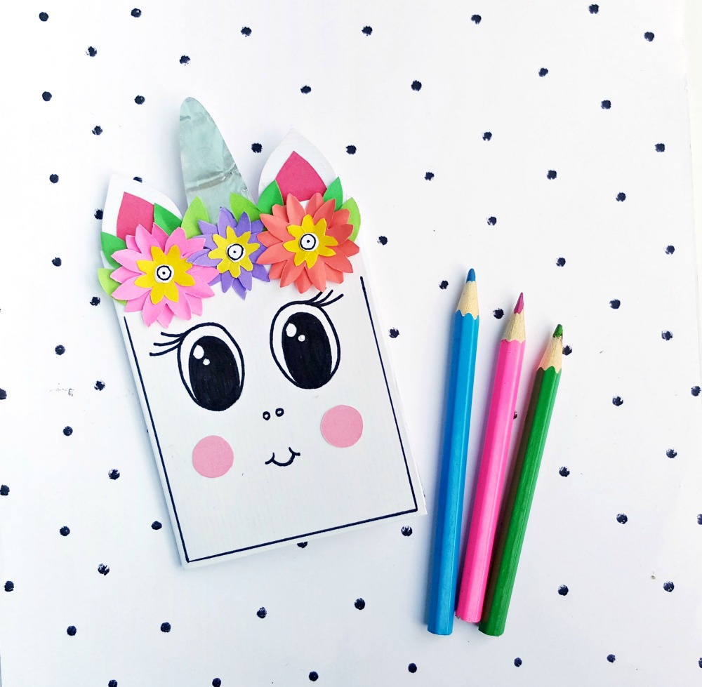 paper flowers and unicorn
