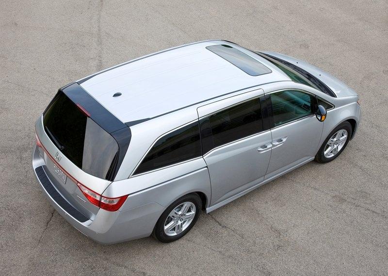 Sport Car Garage 2012 Honda Odyssey