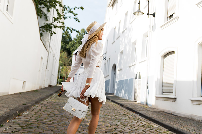 all-white-chic-outfit-best-all-white-looks