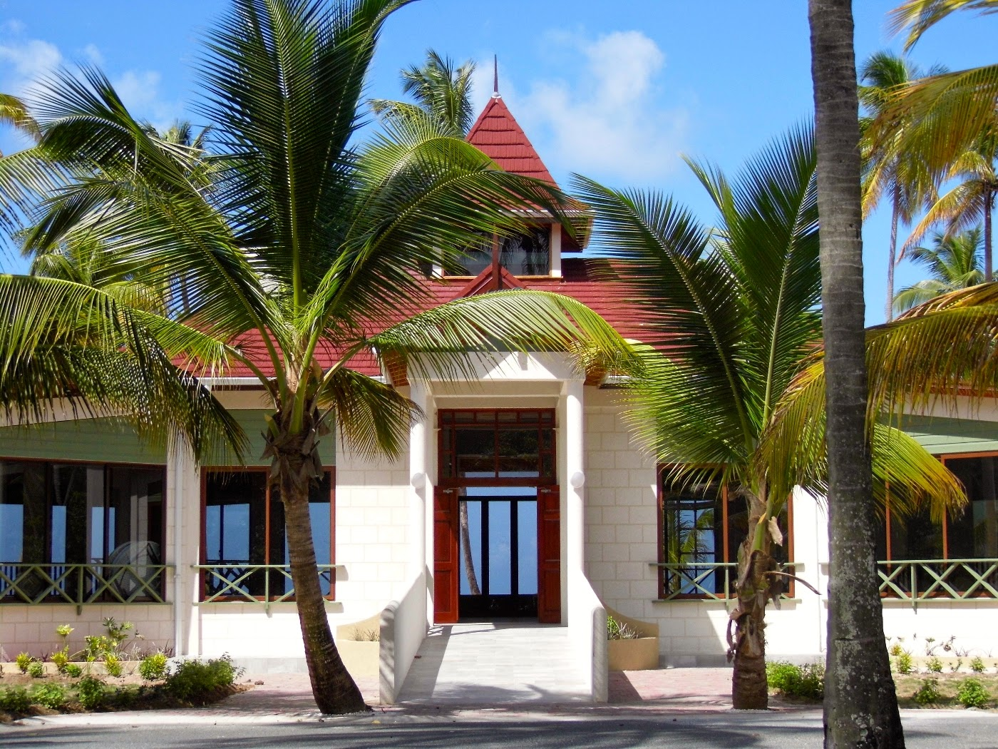 Tobago wedding venues heritage pavilion pigeon point for Heritage point