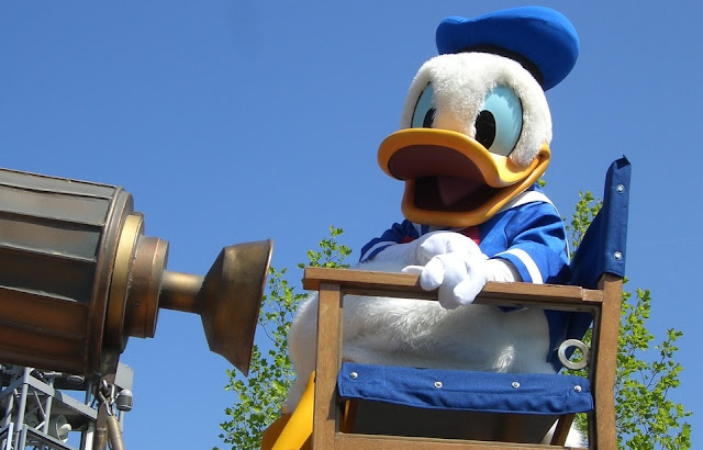 Image: Donald Duck at Disneyland Paris, by Aline Dassel on Pixabay