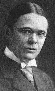 Roscoe Pound dan Pemikiran Aliran Sosiological Jurisprudence