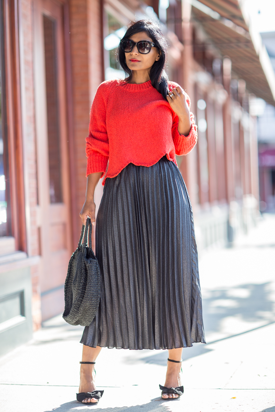 metallics, metallic skirt, style trends, fall style trends, wardrobe essentials, petite fashion, affordable style, styling tips, tips from a personal stylist, affordable style, fall fashion, red sweater, h&m, ticao