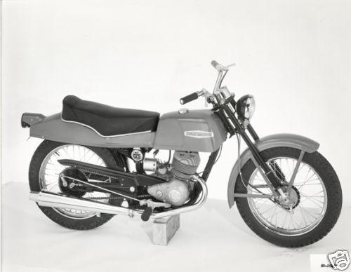 Xe cổ Harley Davidson Bobcat 1966 175cc