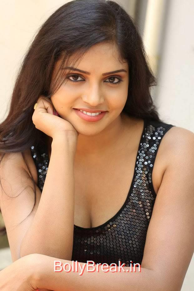 High Quality Karunya Pics, Actress Karunya Hot Pics  in Black Top