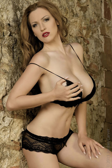 hot-Jordan-Carver-Last-Night-sexy-photoshoot-HD-Image-8