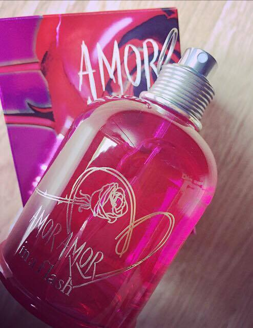 parfum origines parfums amor amor in a flash cacharel