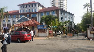 Adakah parking kereta di Bangunan SPRM Pulau Pinang terbuka untuk orang awam?