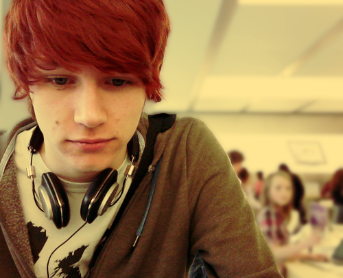 boy with dyed red hair - photo #10