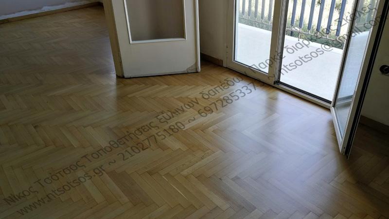 Δρύινο ξύλινο πάτωμα ψαροκόκαλο με ματ βερνίκι
