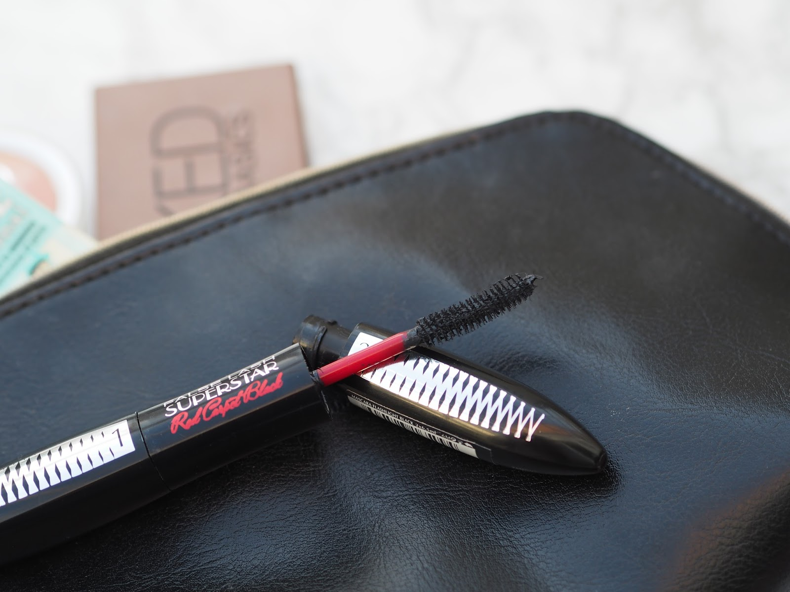 how to take off your mascara without losing eyelashes