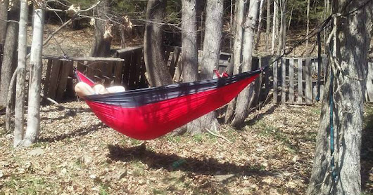 Lamoo Single Camping Ultralight Camping Hammock w/ Tree Ropes & Carabiners