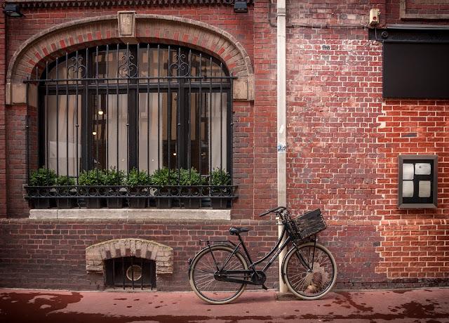 rue facade rose rouen