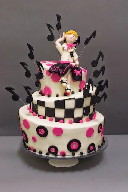 http://www.studiocake.com/party-cakes