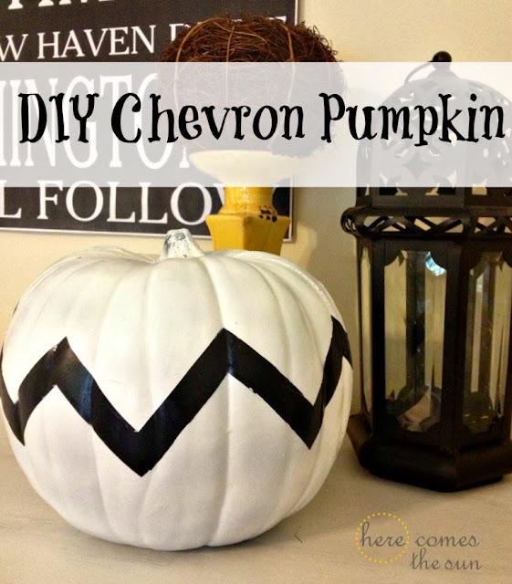 Make this cute DIY Chevron Pumpkin   herecomesthesunblog.net  #halloween