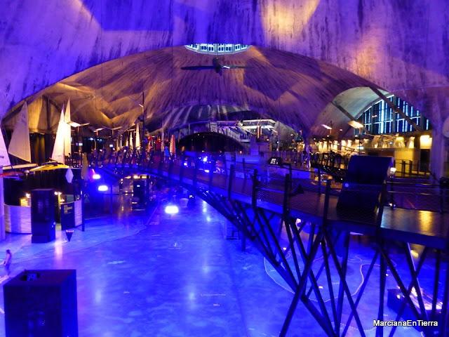 Interior del Museo Seaplane Harbour Lennusadam, Tallin