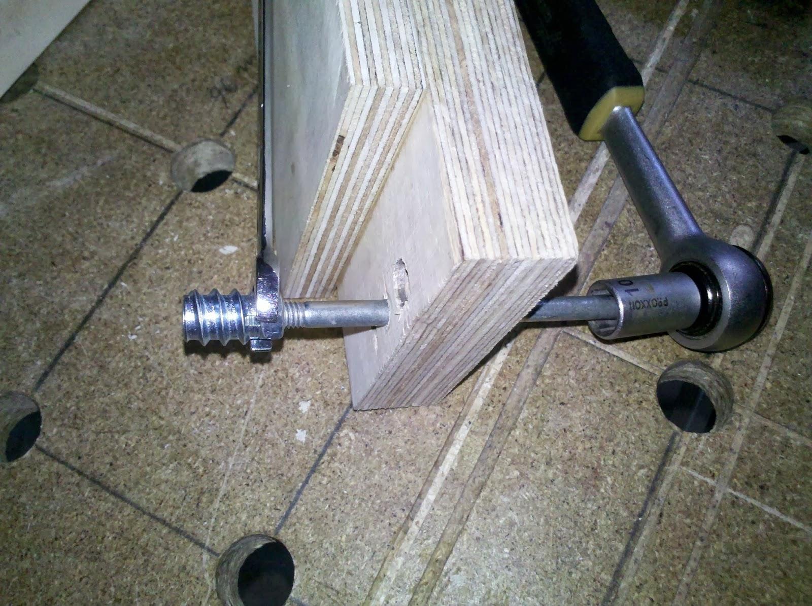 Holzeinschraubmutter Rampa Muffe Gerade Einsetzen Werkraum
