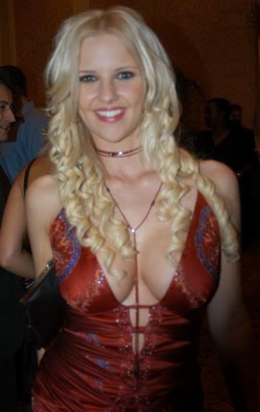 Hanna Harper Nude Photos 44