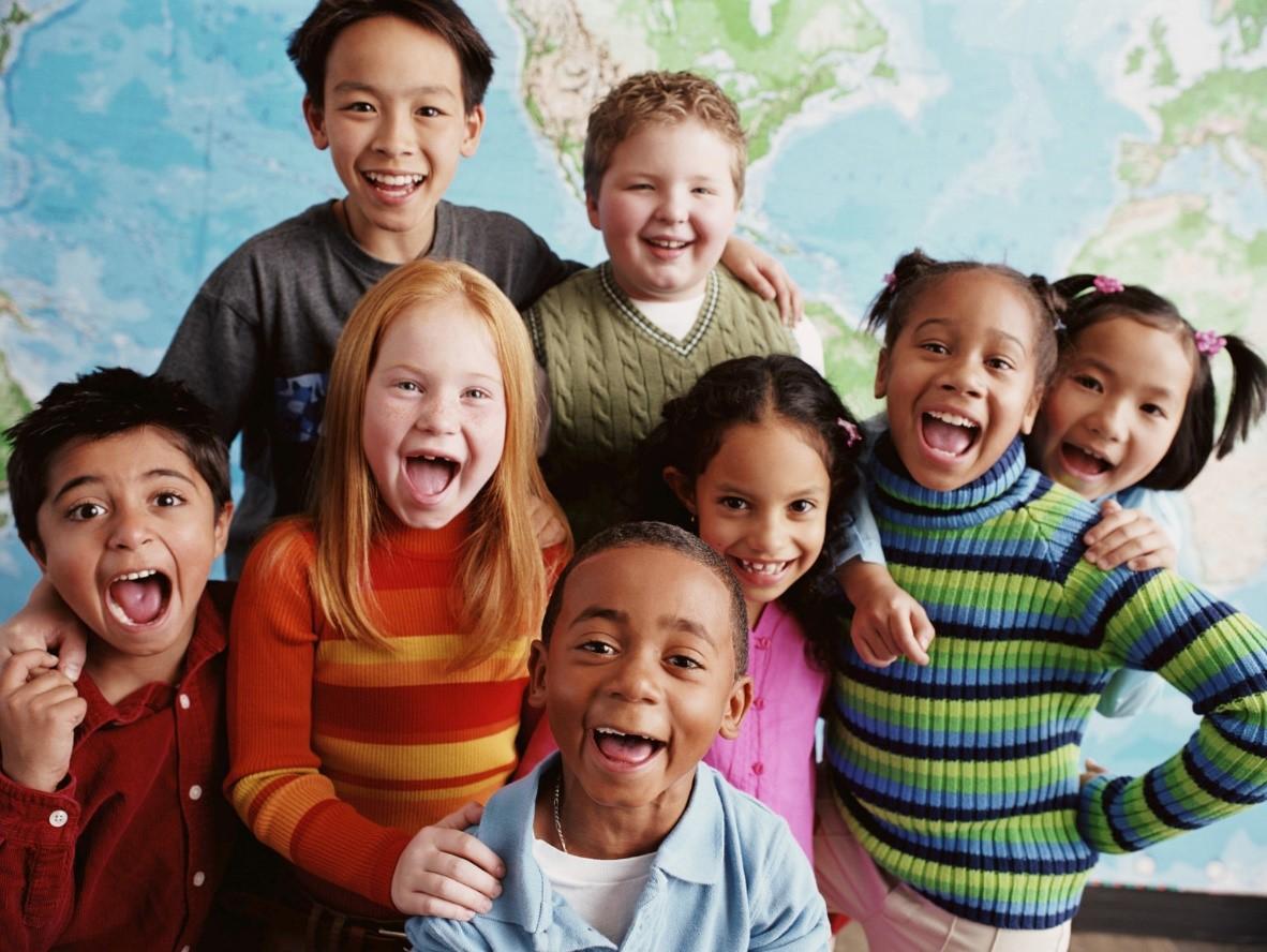Image result for anak-anak berteman tanpa membeda-bedakan