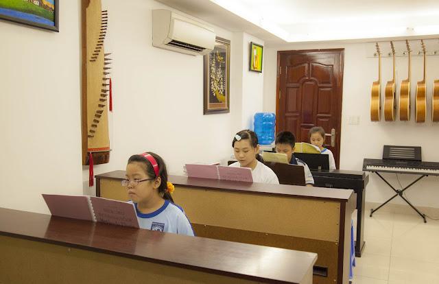 Giờ học theo nhóm tại trường nhạc SMS
