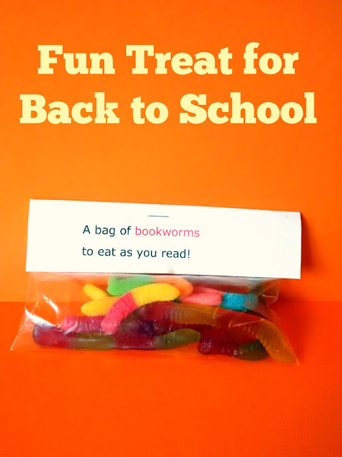 Fun bookworm treat for back to school~anartfulmom.com