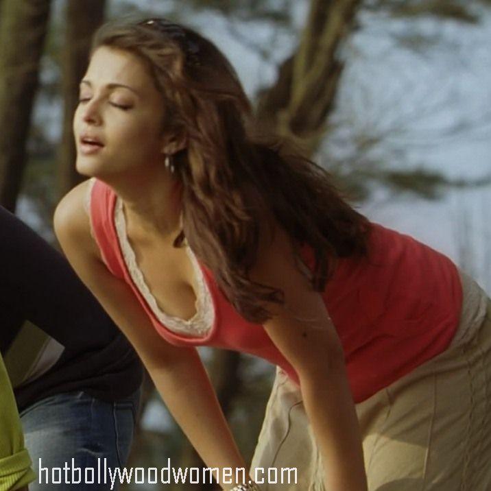 Aishwarya Rai Butt 118
