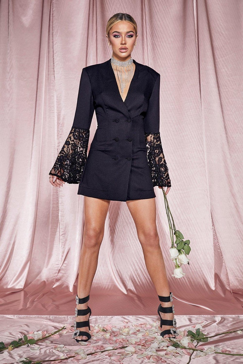 Delilah Belle Hamlin for Boohoo Premium Collection
