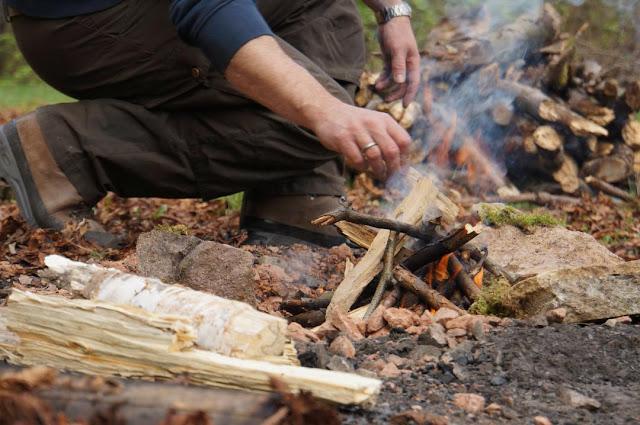 Outdoor-Kochkurs Feuer