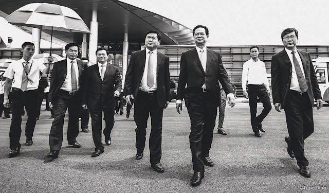 Mặt trận chống tham nhũng bằng quy trình đả muỗi diệt ruồi của Nguyễn Phú  Trọng đang ở thời điểm quyết liệt khi Trịnh Xuân Thanh bị bắt cóc và cho ra.