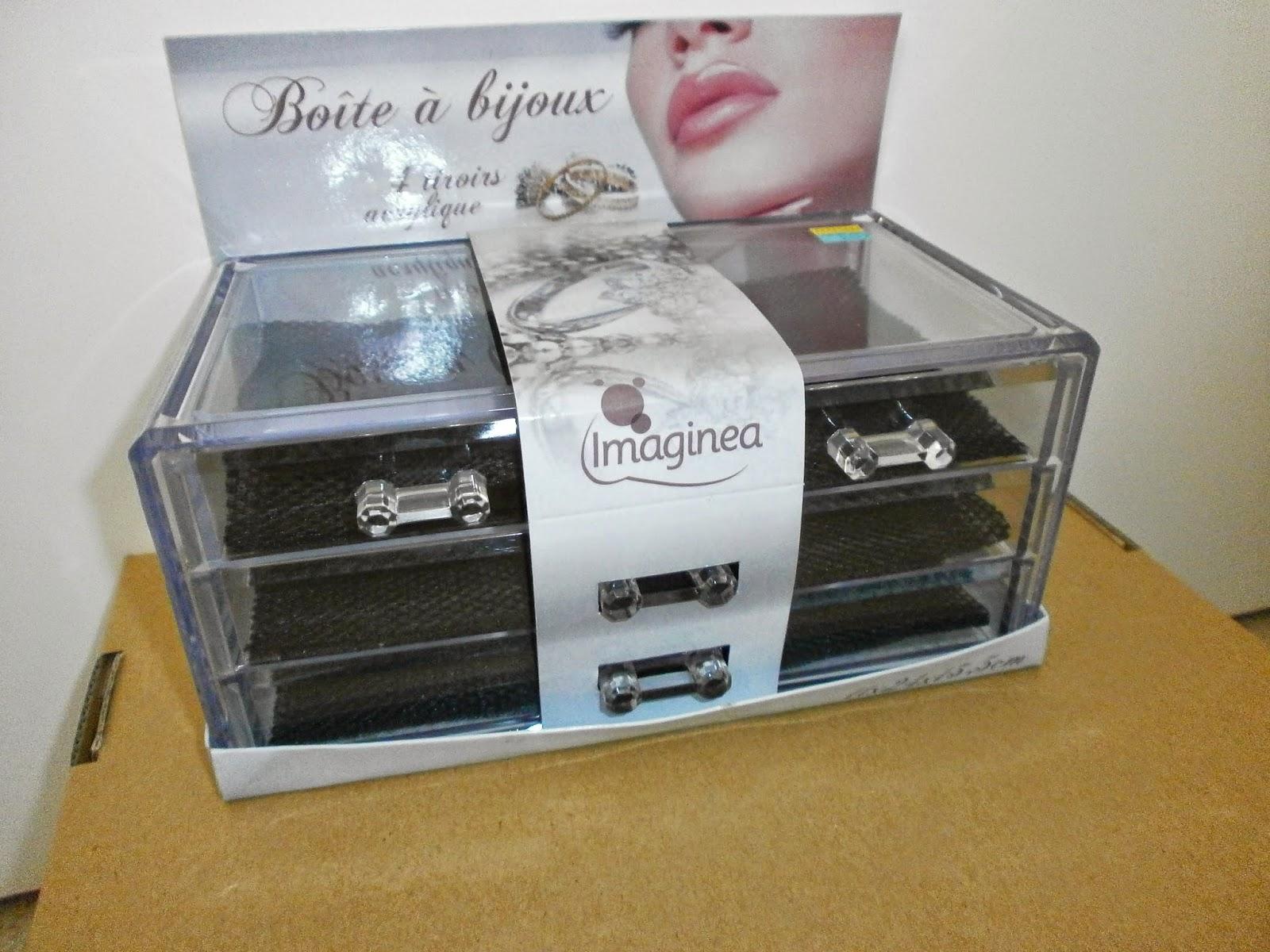 bibi beauty bon plan rangement maquillage en acrylique l incroyable. Black Bedroom Furniture Sets. Home Design Ideas