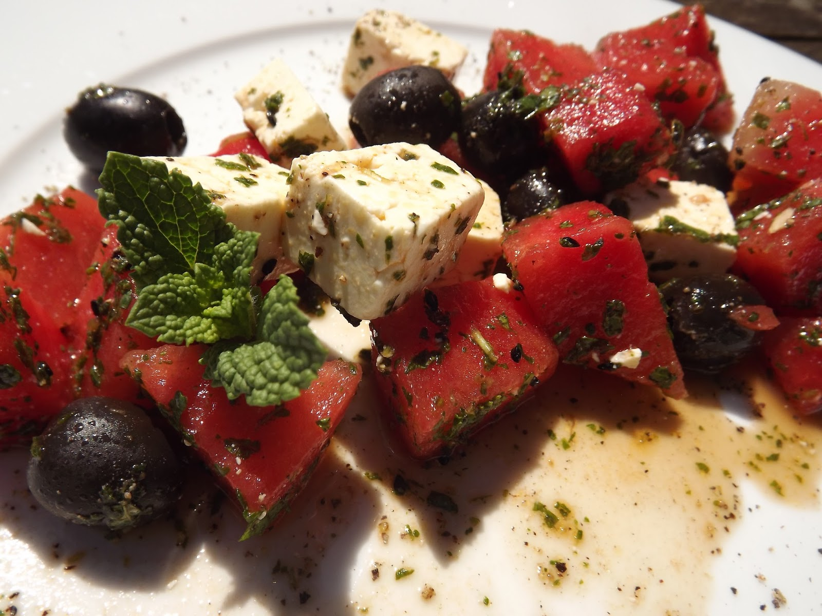 f r ausgekochte profis melonen sommer salat mit minze und schafsk se. Black Bedroom Furniture Sets. Home Design Ideas