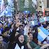Masiva marcha de docentes y estudiantes a Plaza de Mayo con duras críticas al Gobierno