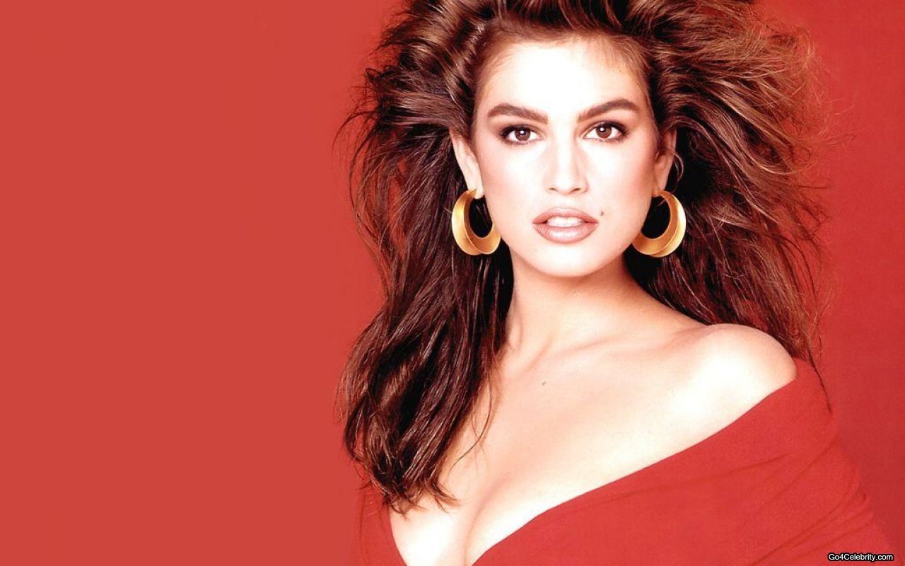Cindy Crawford | Wellknown Celebrities